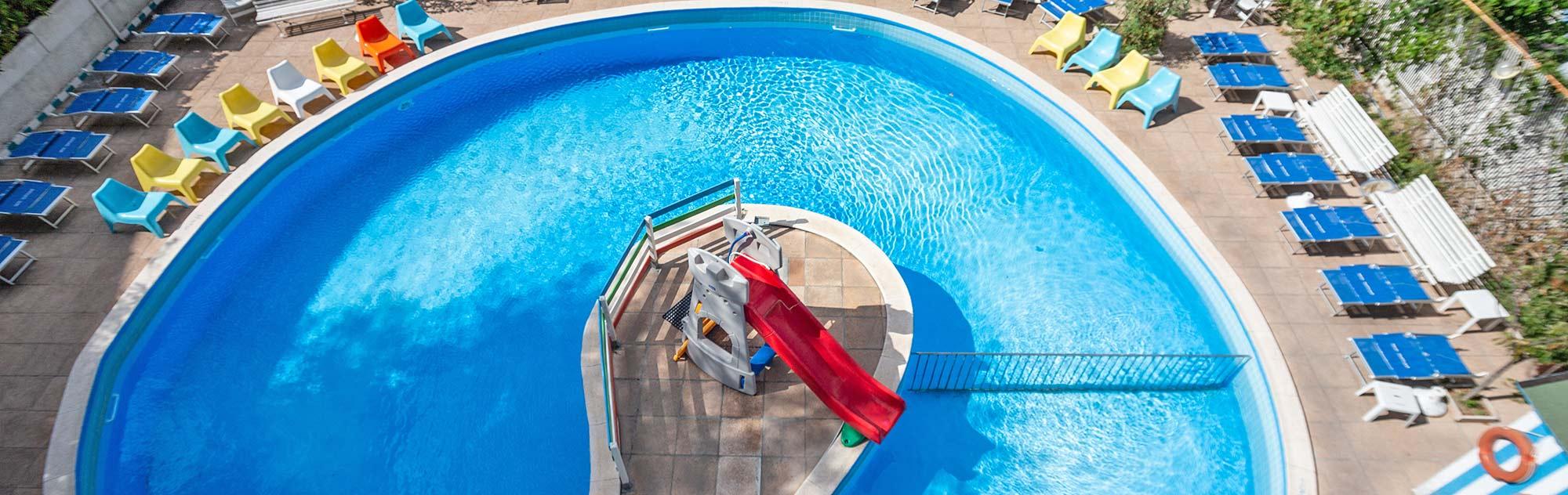 Hotel 3 stelle rivazzurra trafalgar per una vacanza - Hotel rivazzurra con piscina ...